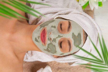 Gesichtspflege Haut Klar