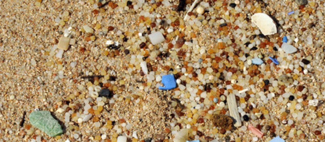 Plastikmüll am Strand - Mikroplastik